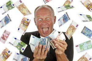 Antstoliams perduotos skolos skandina tiek žmonių, kiek gyvena Kaune