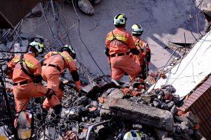 Kinija supurtė stiprus žemės drebėjimas