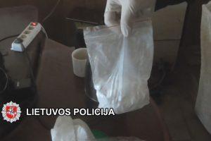 Baigtas tyrimas dėl narkotikų platinimo dideliais kiekiais