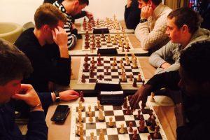 """""""Trakai"""" žaidė šachmatais ir reiškė paramą M. Carlsenui"""