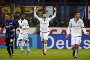 Italijos futbolo čempionato lyderis suklupo namuose