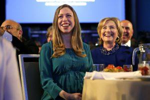C. Clinton pagimdė antrą vaiką