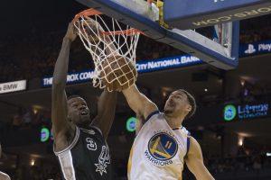 """NBA Vakarų konferencijos finalas: """"Warriors"""" antrą kartą nugalėjo """"Spurs"""""""