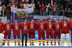Olimpiadoje per medalių įteikimo ceremoniją rusai giedojo Rusijos himną