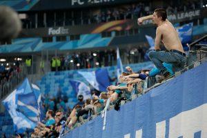 Rusijos futbolo klubą UEFA apkaltino dėl sirgalių rasizmo