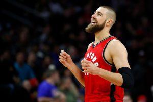 """J. Valančiūną iškeisti siekianti """"Raptors"""" kalbėjosi su eile NBA klubų"""