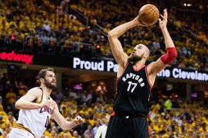 NBA: J. Valančiūnas pelnė 6 taškus