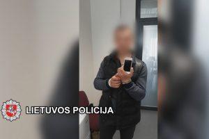 Sulaikytas telefonus iš nepilnamečių vogęs vyras