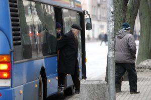 Senjorams – pigesnės kelionės autobusais