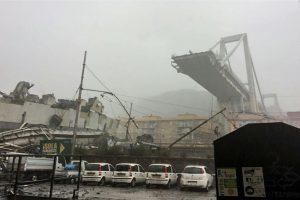 Italijoje sugriuvus greitkelio viadukui žuvo mažiausiai 30 žmonių