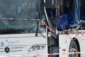 Prancūzijoje per Velso autobuso avariją sužeisti 13 žmonių