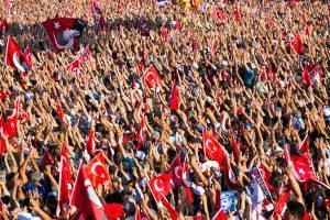 Referendumas dėl Turkijos konstitucijos pataisų vyks balandžio 16-ąją