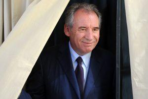 Prancūzijos vyriausybę palieka svarbus prezidento E. Macrono sąjungininkas