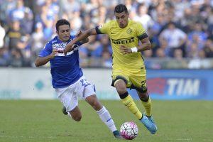 """Italijos futbolo čempionate """"Sampdoria"""" įveikė varžovus"""