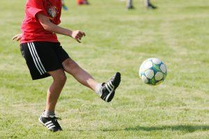 """Futbolo skandalo atgarsiai: """"Inkaras"""" traukiasi iš LFF renginių"""