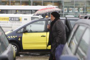 Taksi automobilyje rastas vyro lavonas