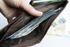 Tauragiškio piniginę pavogė lauko tualete