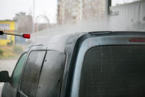Klaipėdos automobilių savitarnoje dingo 2,4 tūkst. eurų