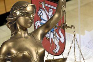 Moralinis politikų veidas: teistumas – ne kliūtis