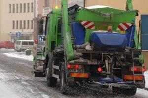 """""""Ecoservice Klaipėda"""" įspėja vairuotojus dėl sudėtingų eismo sąlygų"""