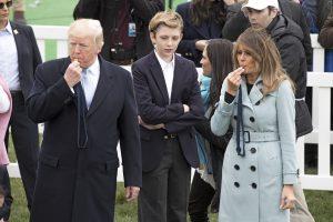 D. Trumpas davė pradžią Baltųjų rūmų margučių ridenimo šventei