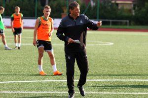 Jaunimo futbolo rinktinės treneris A. Skerla: nuo pergalių negalima atprasti