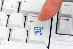 Pernai net pusė Lietuvos interneto vartotojų prekes pirko internetu
