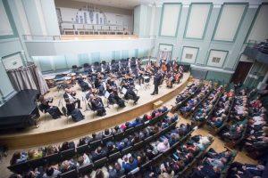Šventinių renginių maratonas startavo V. A. Mocarto simfonija