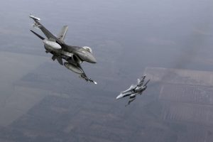 NATO naikintuvai Rusijos orlaivius prie Baltijos šalių pernai lydėjo dažniau