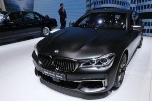 Vokietijos milžinė BMW mini savo įkūrimo 100-ąsias metines