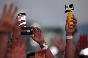 Neįtikėtina: amerikiečiai skiria ypatingą dėmesį partnerio telefono modeliui