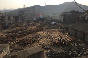 Kinijos anglių kasykloje žuvo aštuoni žmonės, dar trys dingo