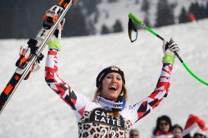 Pasaulio kalnų slidinėjimo taurės varžybose – austrės pergalė