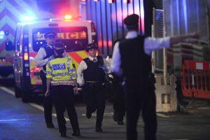 Pasaulio reakcija į išpuolį Londone – pasipiktinimas ir solidarumas