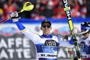 Šveicarijoje baigėsi pasaulio kalnų slidinėjimo taurės varžybų sezonas