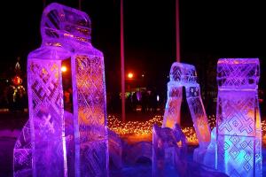 Pakruojo dvare – pirmasis ledo skulptūrų festivalis