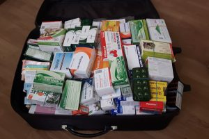 Moteris vežė 321 dėžutę kontrabandinių vaistų