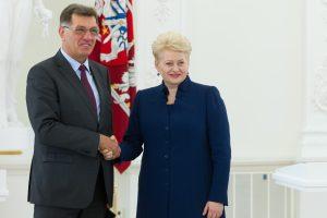 A. Butkevičius įgėlė prezidentei: ji įsijungė į rinkimų kovą