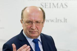 A. Kubilius: geležinkelio bėgiai išardyti, kai ministru buvo A. Butkevičius