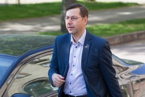 Seimo narių automobiliais susidomėjo prokurorai