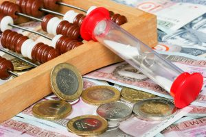 Klaipėdos biudžetininkų algas atstatys į ikikrizinį lygį