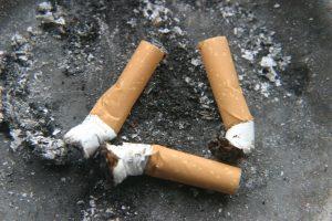 Neatsargus rūkymas šiemet pražudė jau 20 žmonių