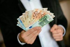 Investuotojus Lietuvoje atbaido politinio stabilumo ir ryžto stoka