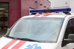 Panevėžyje rastas sužalotas jaunuolis, jį ištiko koma