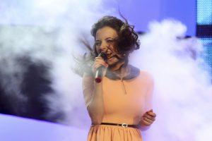 Dainininkė I. Puzaraitė jau sūpuoja pirmagimį