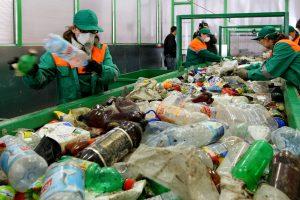Lietuvoje perdirbama tik apie pusė pakuočių atliekų