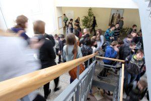 Permainos Kauno mokyklose – neišvengiamos