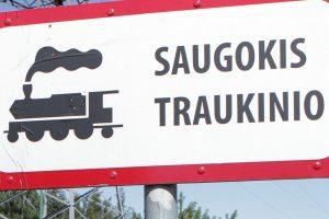 Po traukinio ratais žuvo moteris