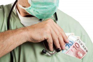 Kyšio iš paciento reikalavusiam kardiologui skirta bauda