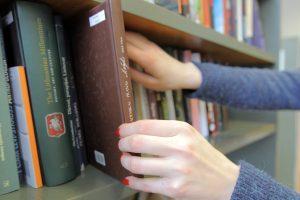 Kauniečiai kviečiami išrinkti pavadinimą bibliotekai